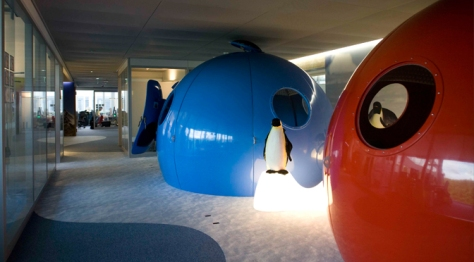 Reclaimed expedition igloos are used as meeting pods at Google in Zurich. The originality of these spaces is specific to the Swiss location, but the principle of creating a variety of different meeting spaces is core to Google's spatial philosophy